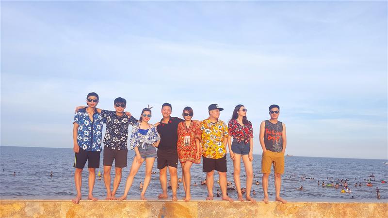 Biển Hải Tiến hè 2016